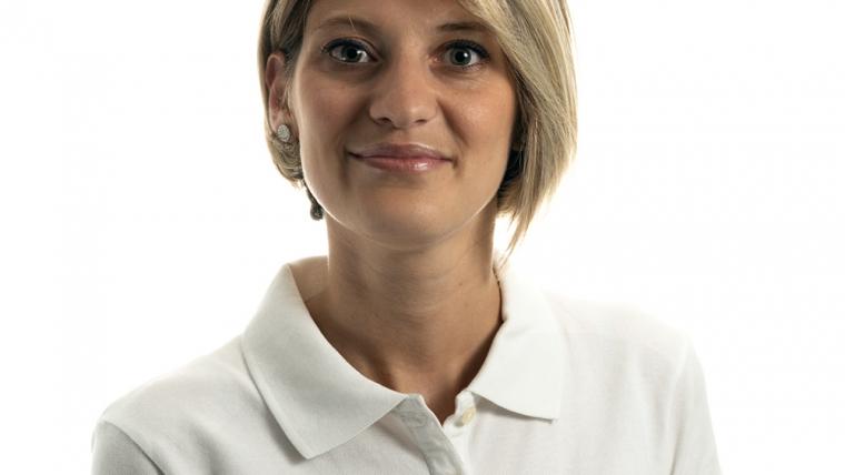 Силвия Акмаджова